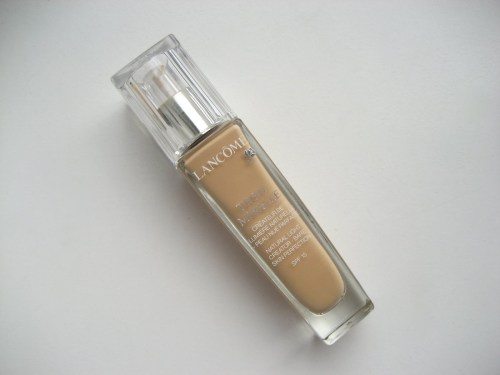 1-Lancome-Teint-Miracle-Foundation